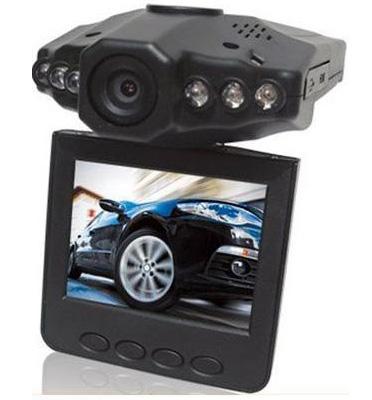 מצלמת רכב מבית GRANDTEC המאפשרת גיבוי צילום של הדרך צילום באיכות גבוה דגם A