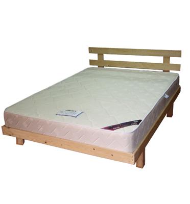 בסיס מיטה זוגית מעץ מלא עם ראש מיטה כולל מזרן קפיצים מבית HOME DECOR דגם שחר