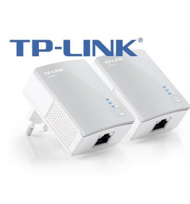 זוג מתאמי רשת מחשבים על גבי החשמל מבית TP-LINK דגם TL-PA4010KIT