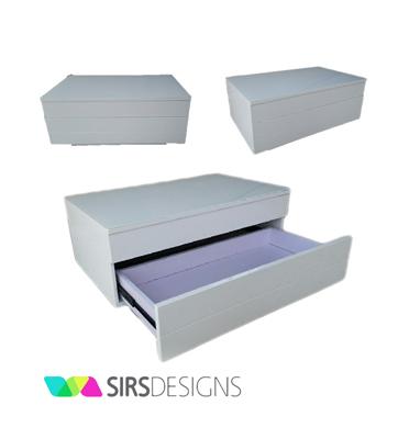 שידת אחסון מעוצבת -מוסיפה טאצ' עיצובי לכל פינה ומעולה כפתרון אחסון נוסף מבית SIRS
