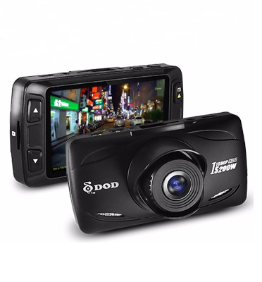 מצלמת רכב לתיעוד הנסיעה באיכות Full HD במימדים קטנים במיוחד תוצרת DOG דגם DODI200W