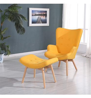 כורסא מעוצבת עם הדום בארבעה צבעים לבחירה מבית BRADEX דגם CALIPSO