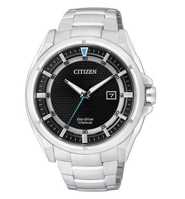 שעון יד לגבר עם מערכת ECO DRIVE ללא צורך בסוללה עשוי SUPER TITANIUM מבית CITIZEN דגם CIAW140052