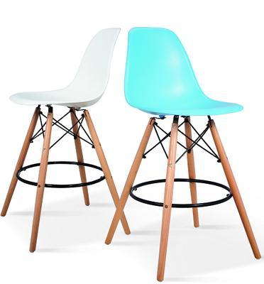 כסא בר מעוצב עם רגלי עץ מלא מבית BRADEX דגם KARE