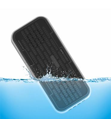 להיט!רמקול בלוטות' דק במיוחד מוגן מים אבק וחול! בעל תקן בנלאומי מבית PureAcoustics דגם AQUEOUS