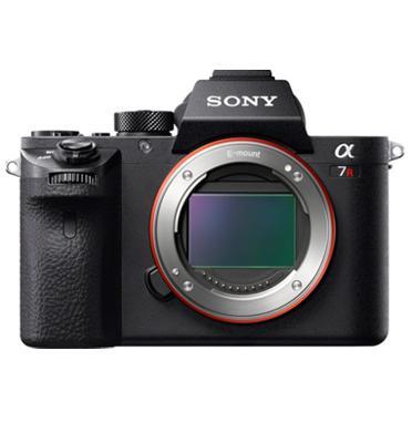 """מצלמת גוף בלבד 42MP מ""""מFull Frame 35  כולל WIFI תוצרת SONY דגם Alpha A7R II"""