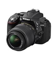 מצלמת DSLR מקצועית ומתקדמת 24.2MP + עדשה 18-55P-VR תוצרת NIKON דגם D5300
