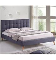 מיטה זוגית מרופדת בד עם רגלי עץ מבית HOME DECOR דגם פריז