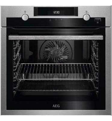 תנור אפיה בנוי 71 ליטר עם טורבו אקטיבי SteamBake™תוצרת AEG דגם BEE255632M כולל מסילות טלסקופיות