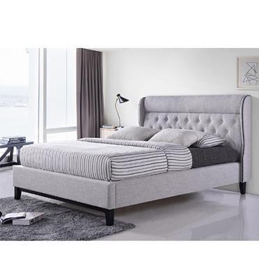 מיטה זוגית מעוצבת בריפוד בד עם רגלי עץ תוצרת HOME DECOR דגם פיונה