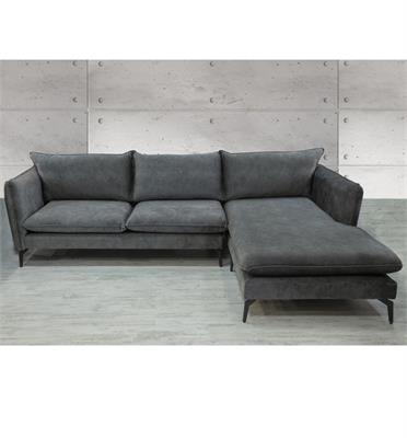 מערכת ישיבה פינתית מפוארת מעוצבת מגע נעים וקל לנקיון מבית Vitorio Divani דגם מג'יק