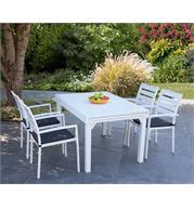 מערכת גן מפוארת מאלומיניום הכוללת שולחן מעוצב ו-4 כסאות אלומיניום מבית SCAB דגם Joy 2700