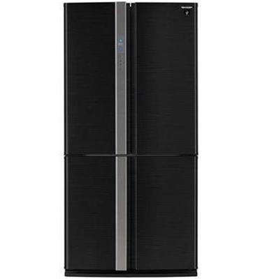 מקרר 4 דלתות נפח 615 ליטר תוצרת SHARP מהסדרה החדשה דגם SJR8711