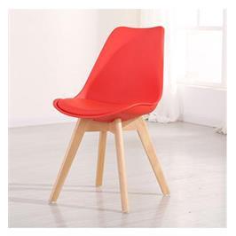 כסא מעוצב לפינת אוכל נוח לישיבה מושב מרופד בדמוי עור ורגליים מעץ מלא מבית BRADEX דגם OSCAR