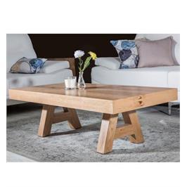 שולחן מבית ויטוריו דיוואני דגם אורסיני